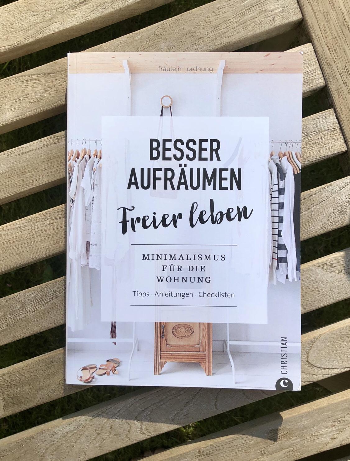 Fräulein Ordnung: Besser aufräumen, freier Leben. Minimalismus für die Wohnung | berlinmittemom.com
