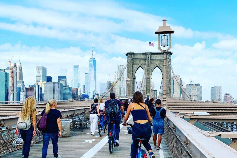 NYC Brooklyn Bridge by bike |berlinmittemom.com