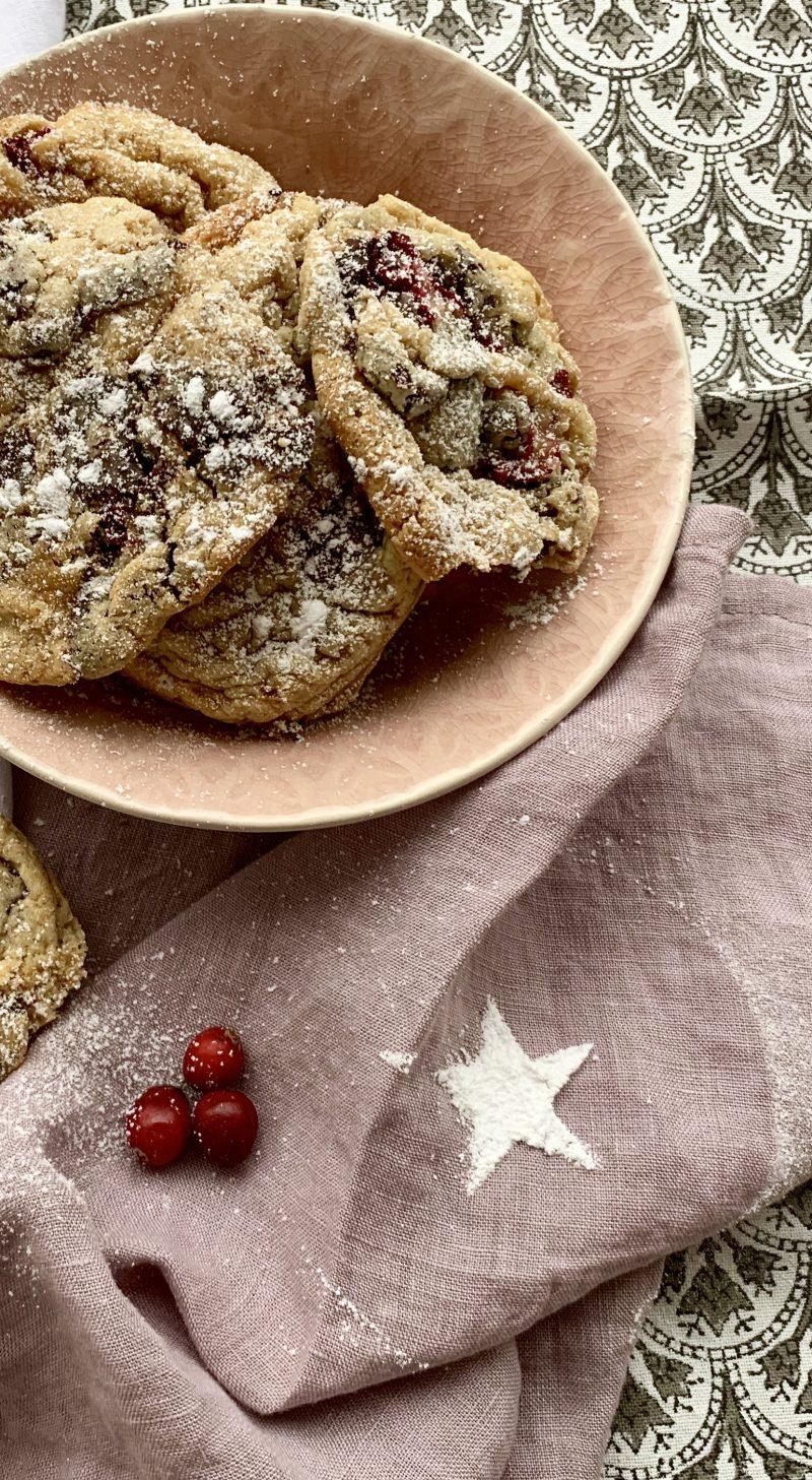Rezept für Cranberry Schoko Cookies zu Weihnachten | berlinmittemom.com