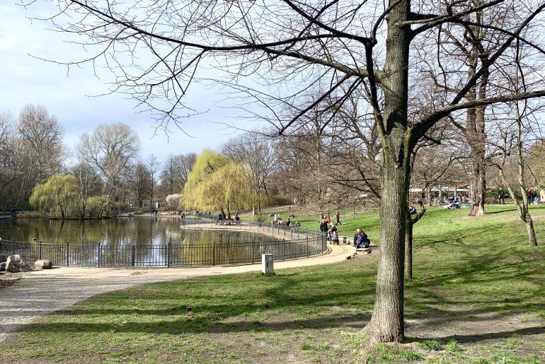 Wochenende in Bildern: Frühling im Volkspark Friedrichshain   berlinmittemom.com