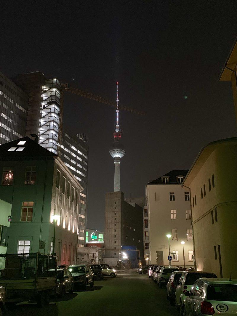 Berliner Fernsehturm | berlinmittemom.com
