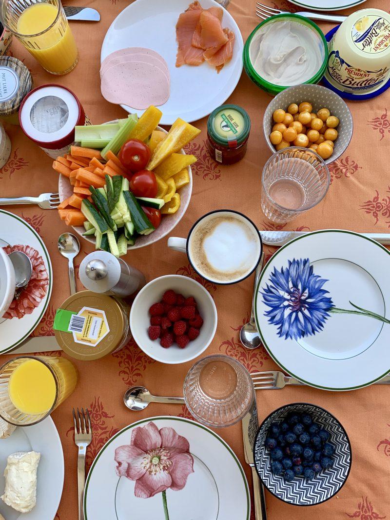 Familienfrühstückstisch | berlinmittemom.com