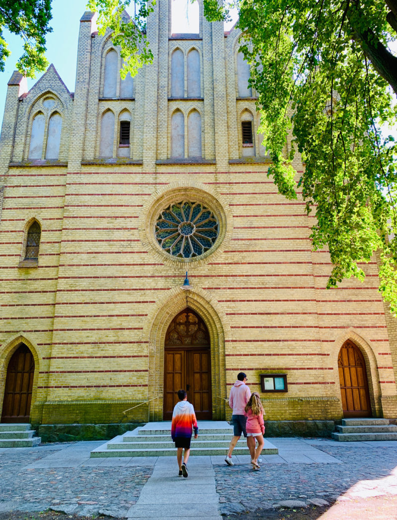 Kirche in Zingst | berlinmittemom.com