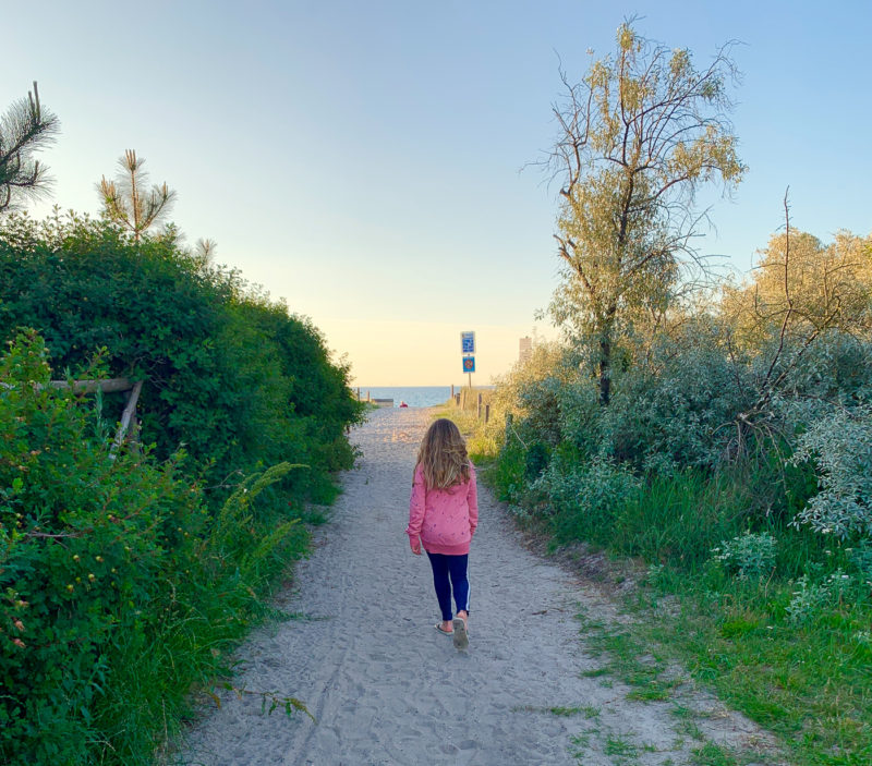 Abendspaziergang in Zingst | berlinmittemom.com