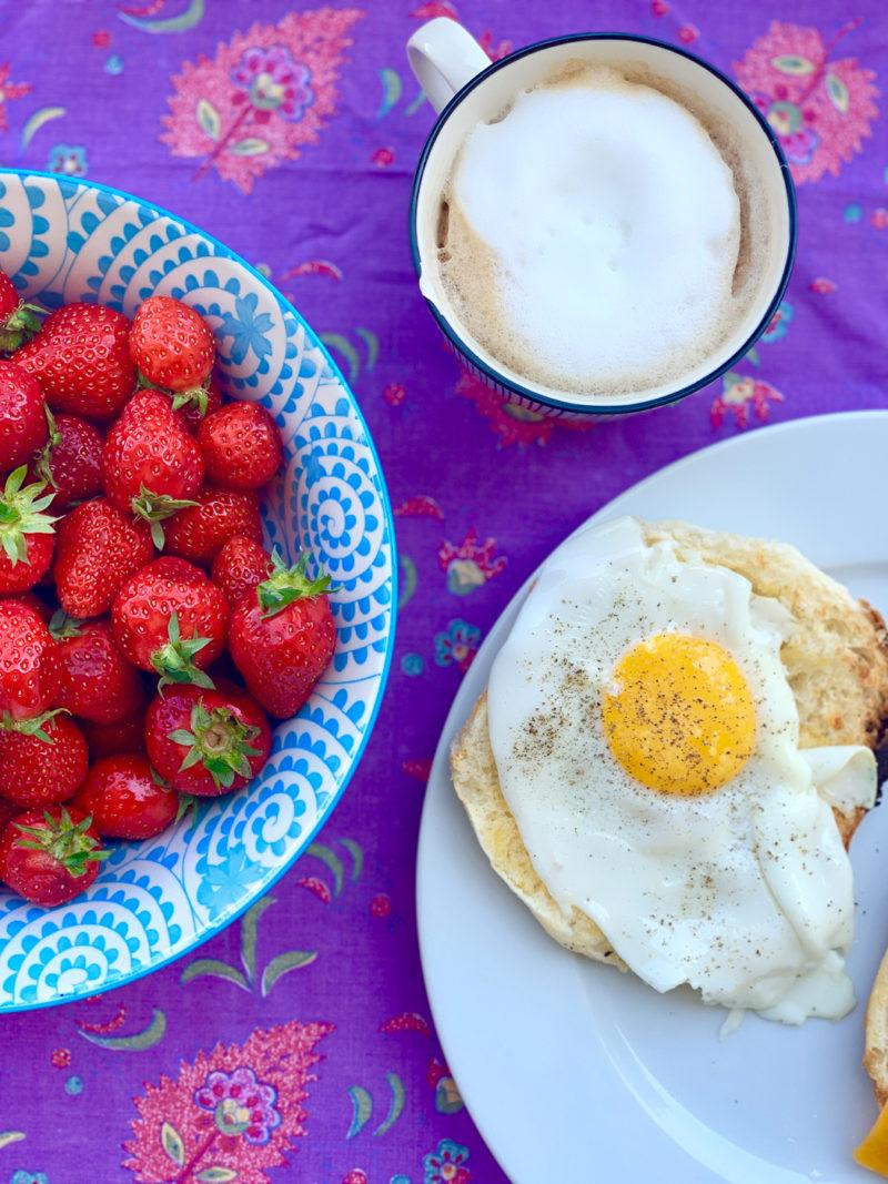 Balkonfrühstück