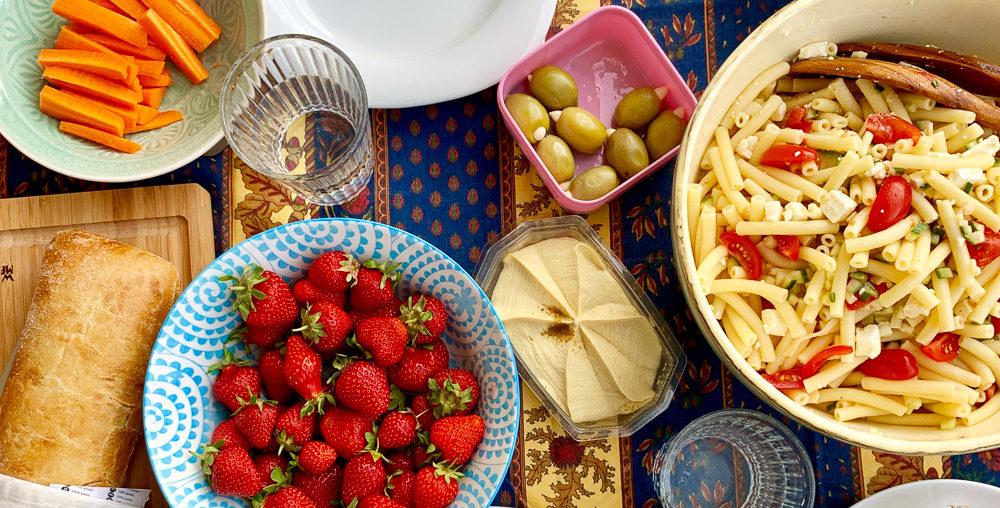 Der beste Nudelsalat ohne Mayo   Rezepte für heiße Tage