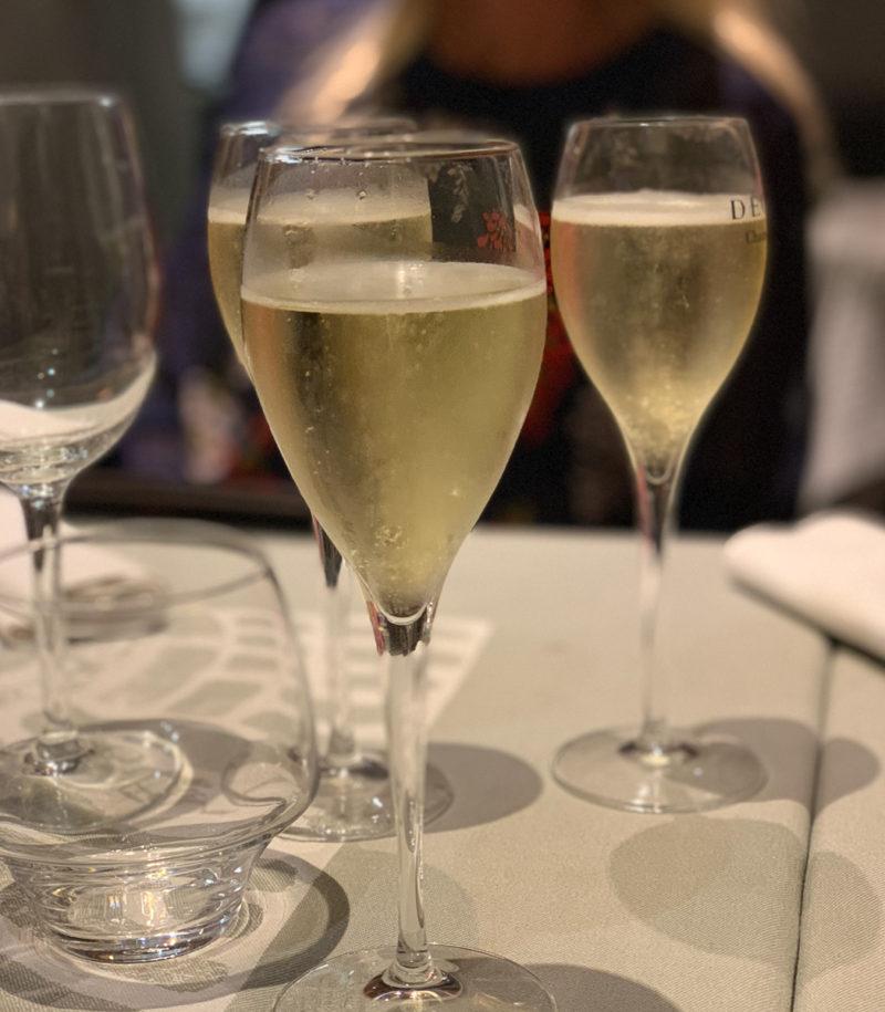 Wein mit Freunden | berlinmittemom.com