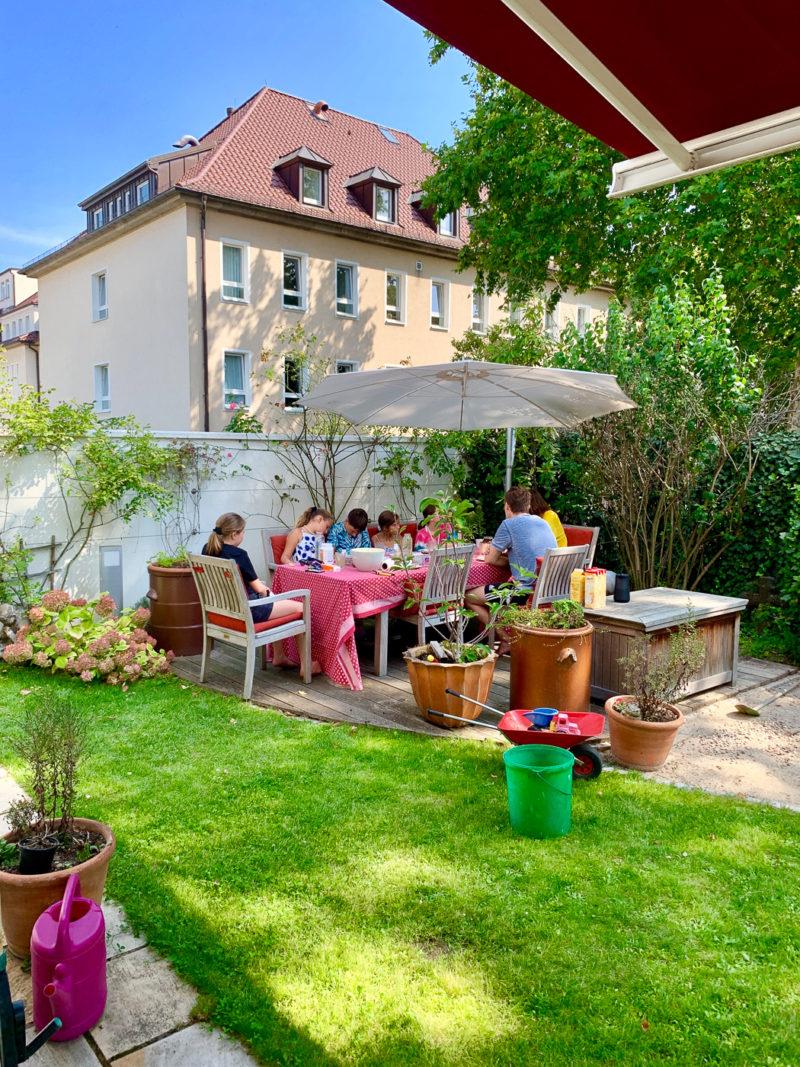 Gartenfrühstück | berlinmittemom.com