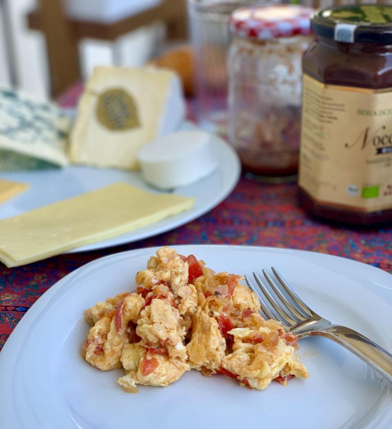 Huevos a la ranchera am Sonntag | berlinmittemom.com