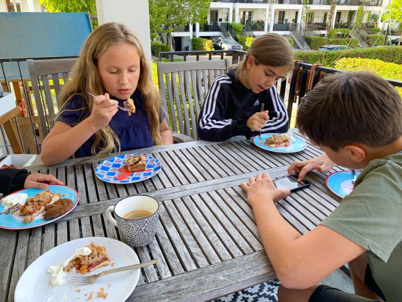 Pflaumenstreuselkuchen für alle | berlinmittemom.com