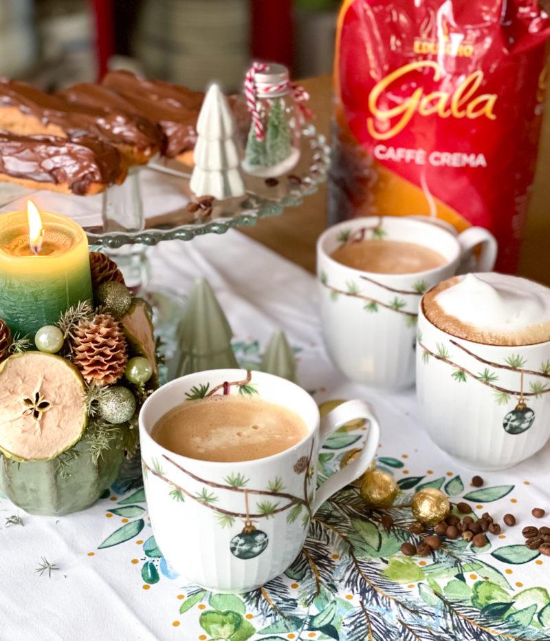 Eclairs mit Kaffeecreme zum Adventskaffee | berlinmittemom.com