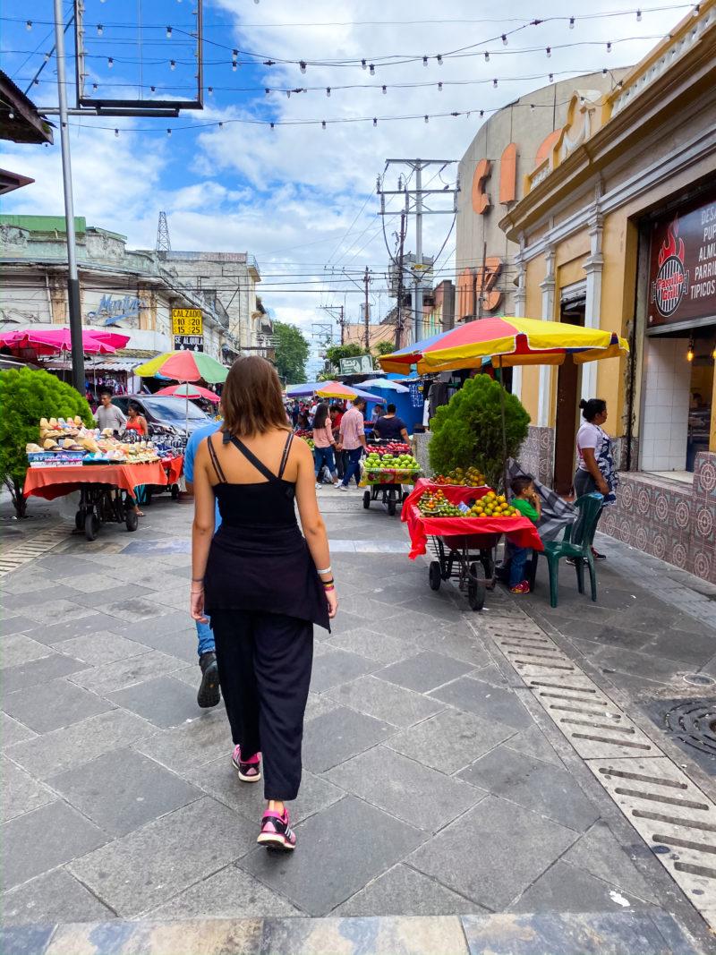 San Salvador Mercado | berlinmittemom.com