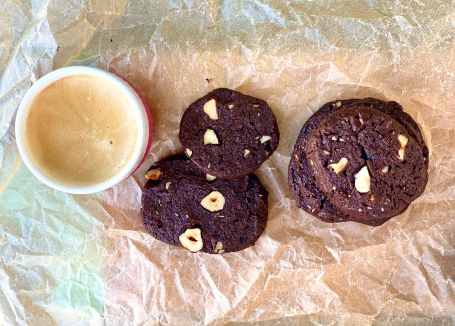 Rezept für Schoko Cookies mit Nüsseln | berlinmittemom.com