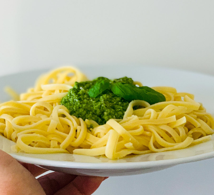 Pasta mit Pesto | berlinmittemom.com