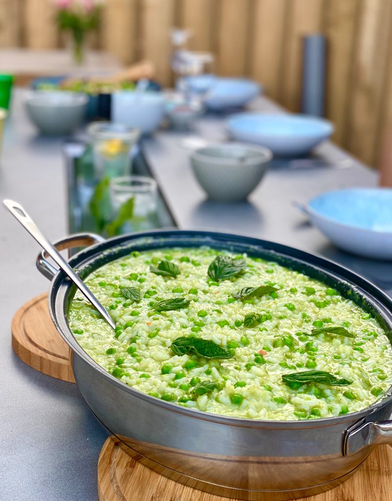 Rezept für grünes Risotto mit Erbsen und Minze | berlinmittemom.com