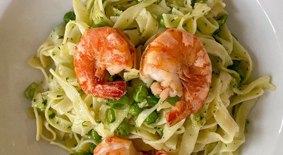 Pasta und Pesto mit Garnelen | Sommerküche, der Abgesang