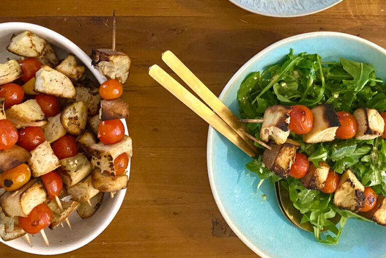 Panzanella Spieße mit Salat | berlinmittemom.com