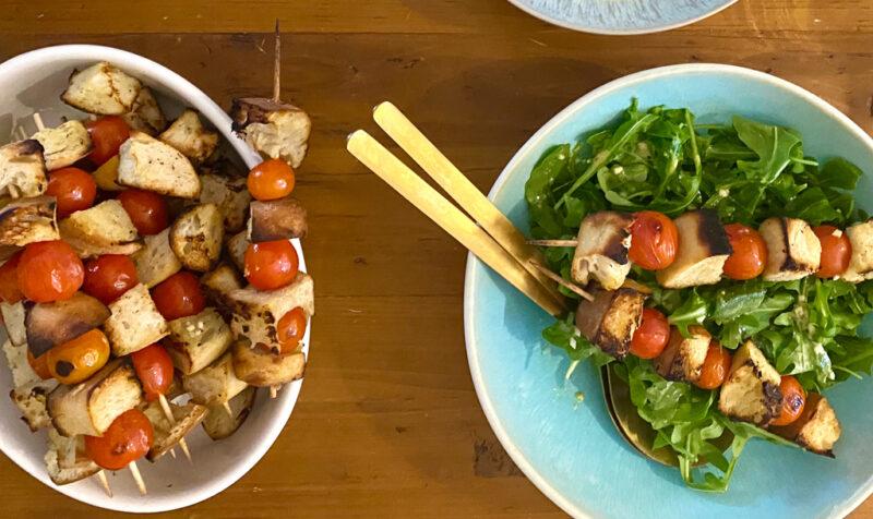 Panzanella Spieße mit Salat   berlinmittemom.com